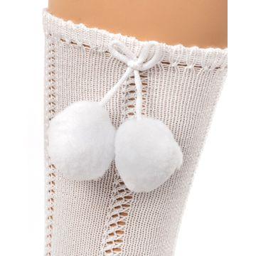 calcetines-altos-calados-con-pompones--1-